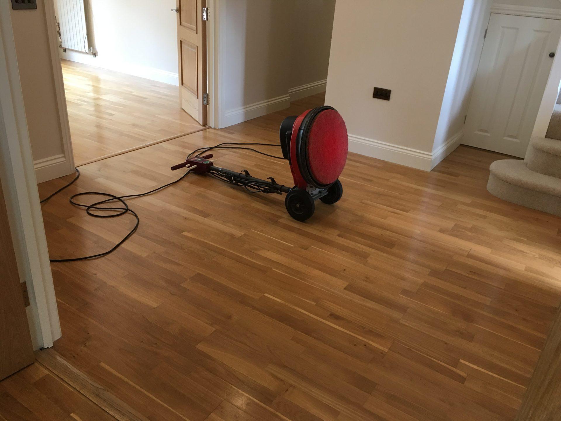 Wood laminate floor cleaning polishing brighton hove for Wood floor maintenance